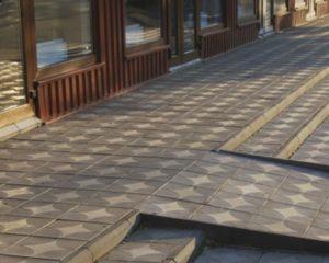 квадратная тротуарная плитка, преимущества продукции